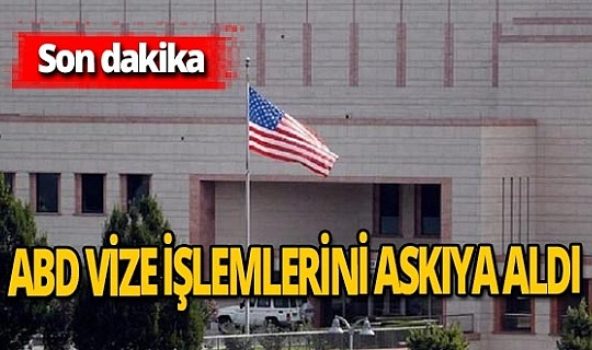 """ABD Büyükelçiliği, vize işlemlerini geçici olarak askıya alacağını duyurdu. Kararın gerekçesi olarak, İstanbul'da olası terör saldırıları ve ABD vatandaşlarına yönelik adam kaçırma girişimleri hakkında """"güvenli bilgi"""" alındı. Büyükelçilik, """"Bu, Türkiye'deki ABD konsolosluğuna veya ülkenin herhangi bir noktasında meydana gelebilecek olası bir saldırıdır."""" Dedi."""