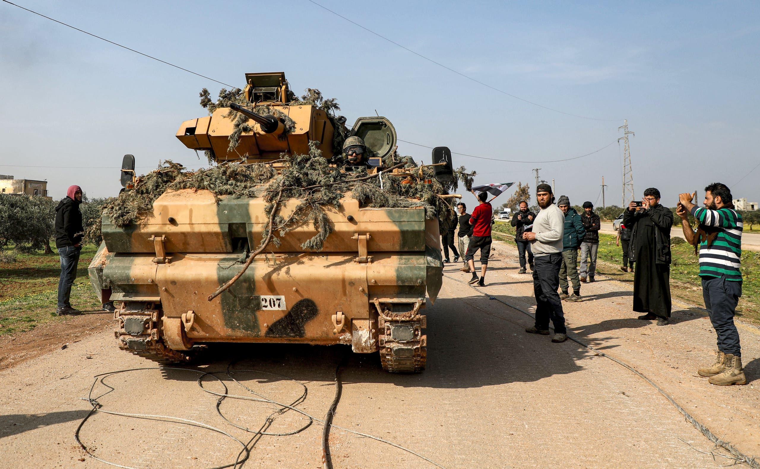Kürt güçleri ile Türkiye'ye sadık gruplar arasında çatışmalar