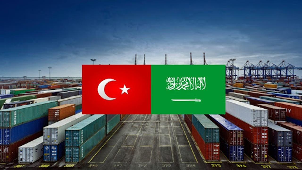 """Türkiye ile Körfez ülkeleri arasındaki ilişkilerin bozulmasının ardından Suudi Arabistan, Türk mallarının boykot edilmesi çağrısında bulunurken, iş adamları bunu yapıyor; Türk ihracatçılar da Suudi Arabistan'da artan ihracat engelleriyle karşılaştıklarını belirtiyor. Suudi Dışişleri Bakanı Faysal bin Farhan geçtiğimiz hafta yaptığı açıklamada, """"Türk ürünlerinin resmi olmayan boykotuna dair veri yok. Türkiye ile iyi ve mükemmel ilişkilerimiz var."""" İfadeler kullanın. Ancak Türkiye'nin resmi olmayan ili tarafından üretilen hayvansal ürünlere uygulanan hizmet kapanmıştır."""