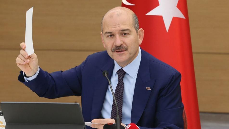 Erdoğan'ın İçişleri Bakanı'nın tweet'i tartışmalara neden oluyor … ve Adalet Bakanı cevap veriyor