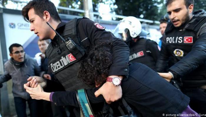 Erdoğan Türkiye'yi büyük bir hapishane yapıyor