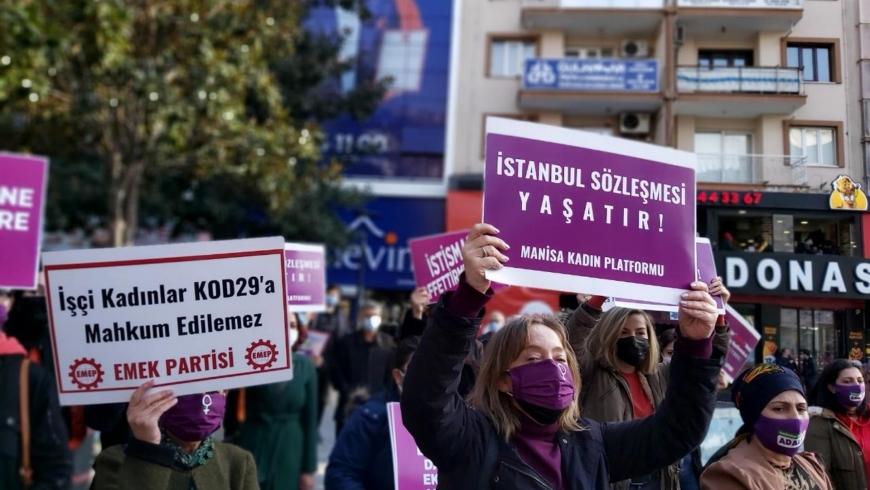 Erdoğan'ın kararına karşı kadın ayaklanması