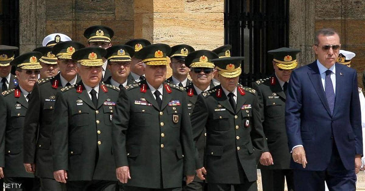 Saygı Öztürk: İstifa eden generallerin sayısı artıyor