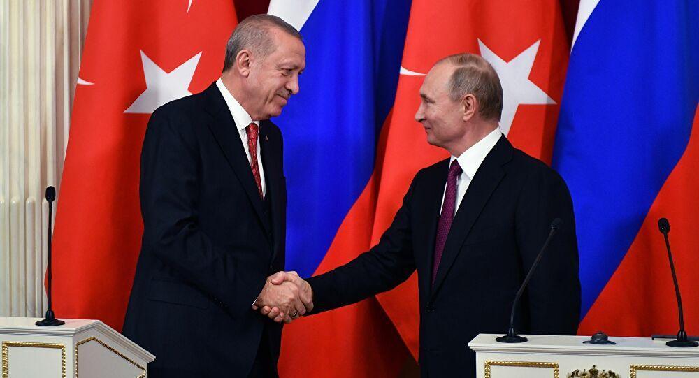 Rus-Türk düşmanlığının cephesi arasındaki çelişki