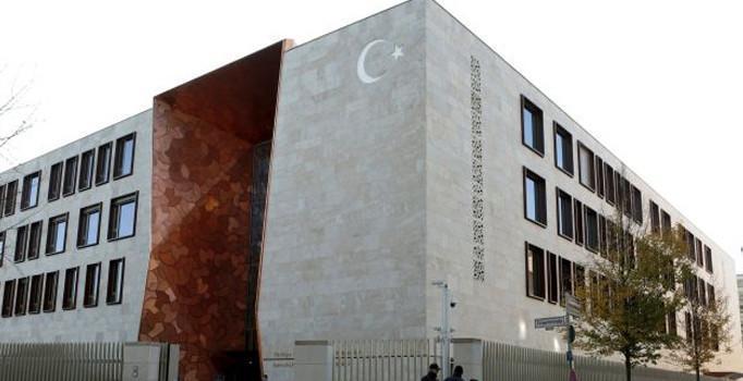 Almanya'daki Türk Büyükelçiliği Türk vatandaşlarına casusluk yaptı